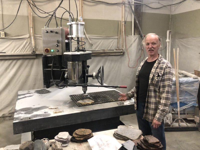 Stone Grinding Machine